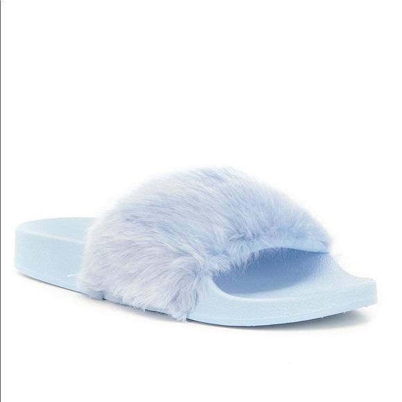 3231a904980 RARE Steve Madden Women s Softey Fur Slides Size 7
